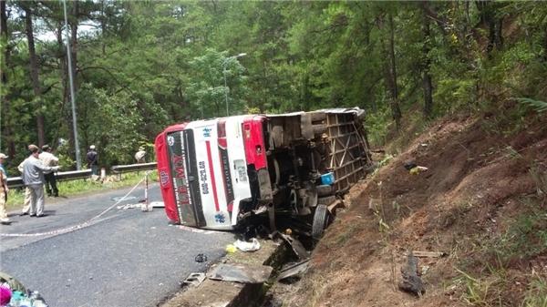 Đau lòng 3 giáo viên cùng tuổi tử nạn trong vụ tai nạn ở đèo Prenn