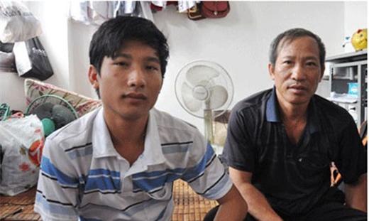Bác Nguyễn Hữu Định và con trai Nguyễn Hữu Tiến – thủ khoa ĐH Y Hà Nội với 29,5 điểm