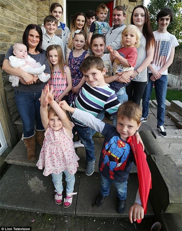 gia đình đông con