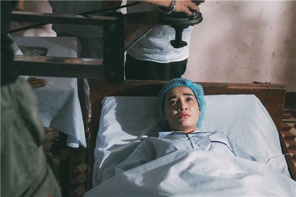 Nhã Phương từng bị cha ruột từ mặt khi mới sinh ra