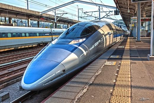Tàu điện ở Nhật. (Ảnh: Internet)