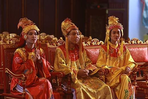 C-Tút, Phương Ti Ti, Trúc Mâysay sưa thưởng thức loại hình nghệ thuật độc đáo.