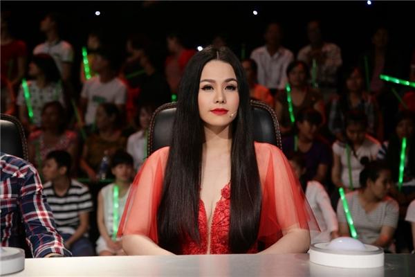"""Bàn luận về diễn xuất đánh ghen của Thái Trinh, Nhật Kim Anh hài hước: """"Nếu là chị thì chị không ghen tuông nhẹ nhàng vậy đâu, mà sẽ tới nơi nắm đầu về luôn""""."""