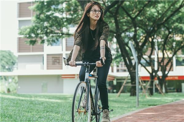 Về lý do chọn về đội của HLV Phạm Hương, An Nguy thẳng thắn cho biết cô muốn được Hoa hậu hoàn vũ Việt Nam 2015 khai thác và phát triển hết cá tính khác biệt của cô để có thể hoàn thành dự định khi tham gia chương trình.