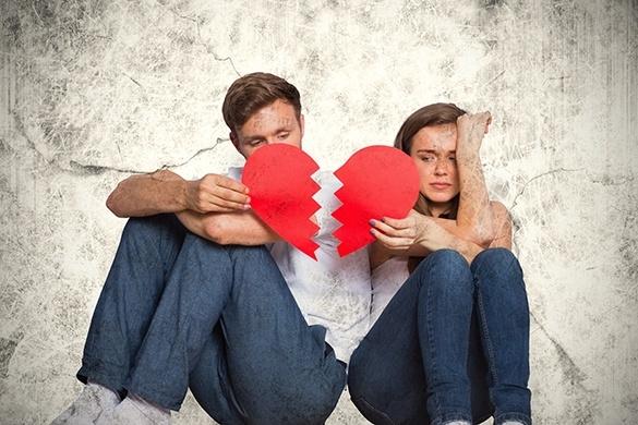 Có bao giờ bạn tự hỏi sao lâu rồi anh ấy không ôm bạn hoặc trao bạn nụ hôn? Có khi nào bạn chủ động gần gũi nhưng anh ấy lại lảng tránh? Nếu bạn cảm nhận thấy sự nguội lạnh từ phía đối phương, đó sẽ là một dấu hiệu vô cùng nguy hiểm cho mối quan hệ. (Ảnh minh họa)