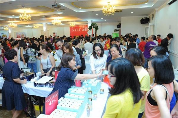 Sự kiện Beauty Fest ngày 11&12/6 tại TP. HCM đã thu hút gần 20,000 lượt mua sắm.