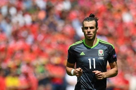 Bale chơi hay, nhưng một mình anh là không đủ để giúp Xứ Wales mạnh mẽ.