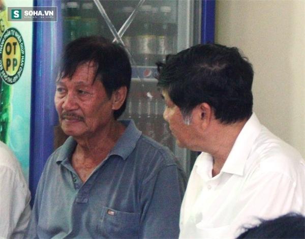 Người thân an ủi ông Tâm sớm vượt qua nỗi đau.
