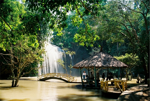 """Du lịch Tây Nguyên - """"Choáng ngợp"""" trước những thác nước đẹp hùng vĩ ở Tây Nguyên"""