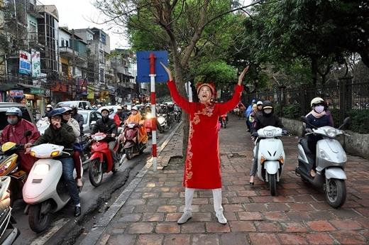 Cảnh tượng kẹt xe thường xuyên xảy ra tại Sài Gòn .
