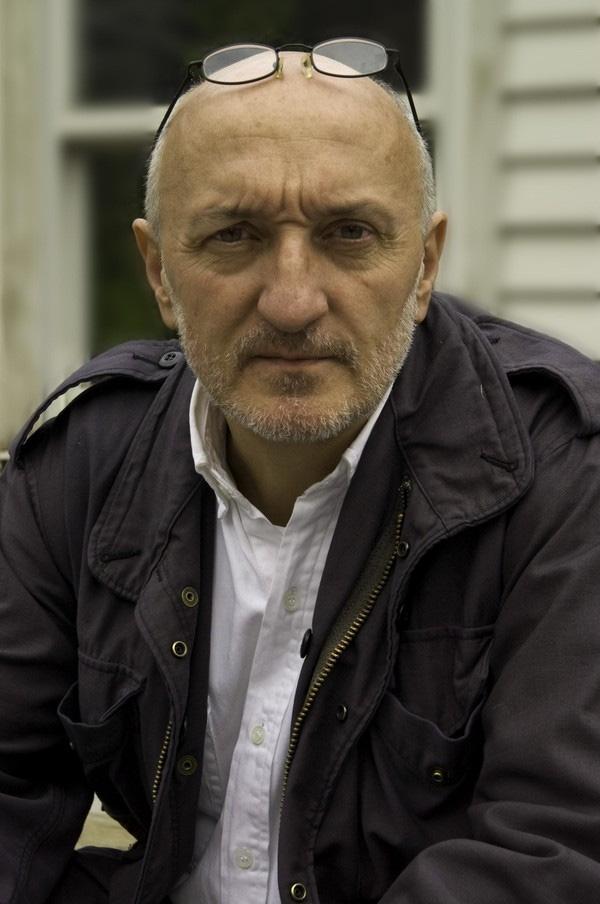 Nhiếp ảnh gia Frank Fournier đã vấp phải sự chỉ trích của dư luận vì tấm ảnh của mình.