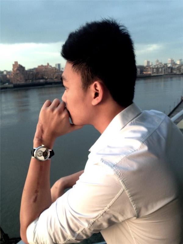 Dương Bảo Hưng gây choáng với bộ sưu tập đồng hồ tiền tỉ. - Tin sao Viet - Tin tuc sao Viet - Scandal sao Viet - Tin tuc cua Sao - Tin cua Sao