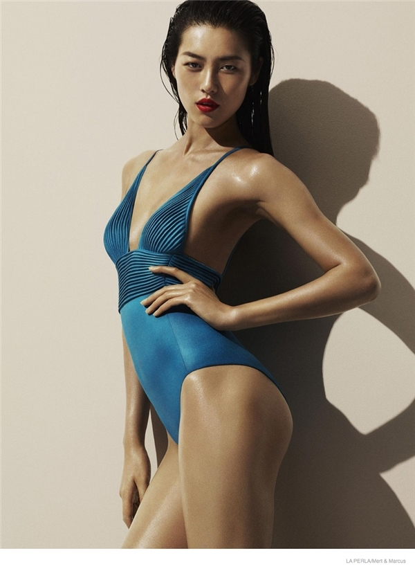 Cô có làn da khỏe mạnh và thân hình đúng chuẩn siêu mẫu. (Ảnh: Internet)