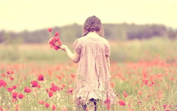 Yêu mù quáng chính là bạn bất chấp những việc bạn có thể làm tổn thương bạn, bạn không thích, không mong muốn xảy ra để chiều lòng một nửa của mình. (Ảnh minh họa)