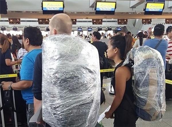 Hãy cẩn thận đặc biệt với hành lí máy bay nếu không muốn đi tù oan