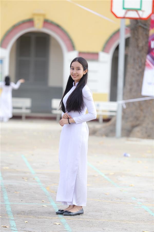 Sơn Hồ Bảo Trâm,thí sinh đến từ trường THPT Marie Curie.