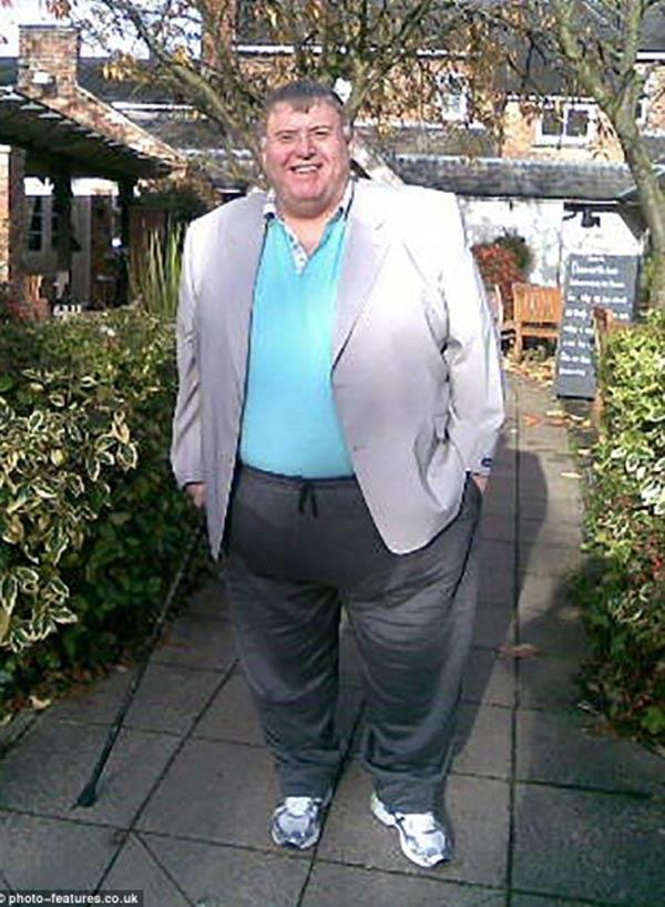Ông Drew đã nặng tới hơn 215kg sau khi chia tay vợ.