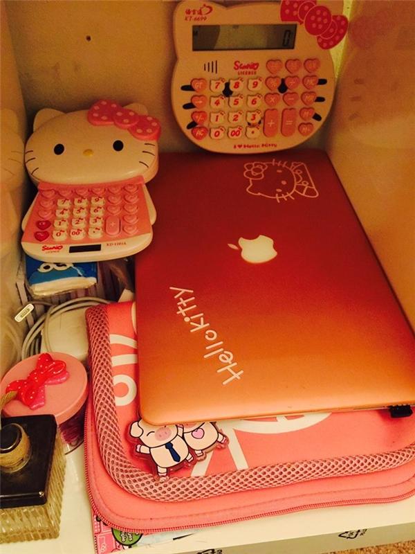 Loá mắt trước căn phòng hồng toàn tập của cô nàng mê Hello Kitty
