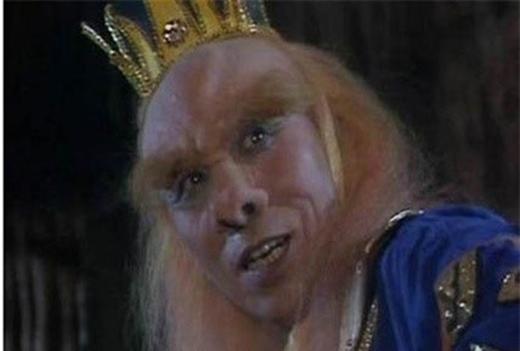 Nam diễn viên gạo cội Tào Đạc qua đời ở tuổi 76. Ông được nhớ đến với vai Hoàng Mi lão quái. Sinh thời, ông từng kể, khi ra phố các em nhỏ rất sợ sệt khi nhìn thấy ông vì tưởng rằng ông là yêu quái.