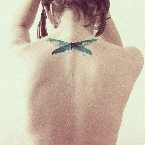 Với hình xăm ở gáy bạn sẽ trở nên bí ẩn hơn