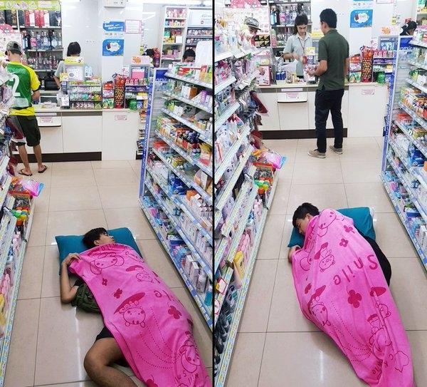 Cửa hàng tiện lợi đúng là cực kì tiện lợi.