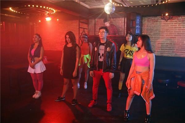 MV dự kiến phát hành vào sinh nhật của chàng Bắpvào ngày 29-06 sắp tới.