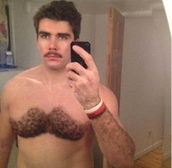 Anh đây nuôi râu cho ngực luôn đấy nhé.(Ảnh: Internet)