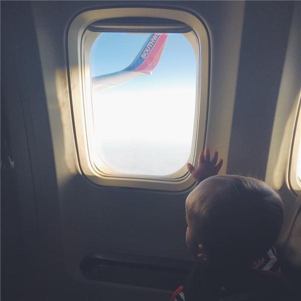 """Instagram: """"Cả một vùng trời rộng mở trước mắt con"""".(Ảnh: Instagram @shleedaisy)"""