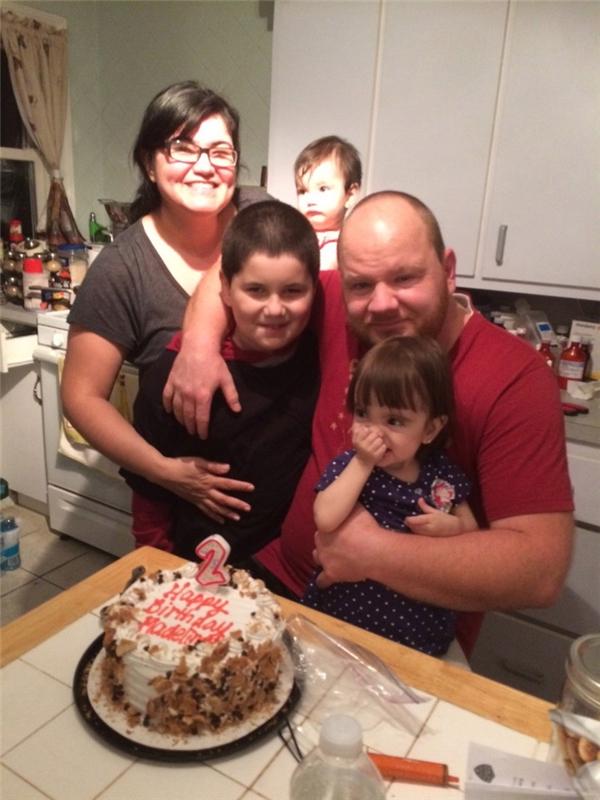 Ảnh chụp bé Maddy mừng sinh nhật 2 tuổi. (Ảnh: Internet)