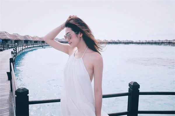 Tú Anh chia sẻ hình ảnh đi nghỉ mát tại quần đảoMaldives và cho biết đây là chuyến đi mừng sinh nhật lần thứ 23 của cô. - Tin sao Viet - Tin tuc sao Viet - Scandal sao Viet - Tin tuc cua Sao - Tin cua Sao