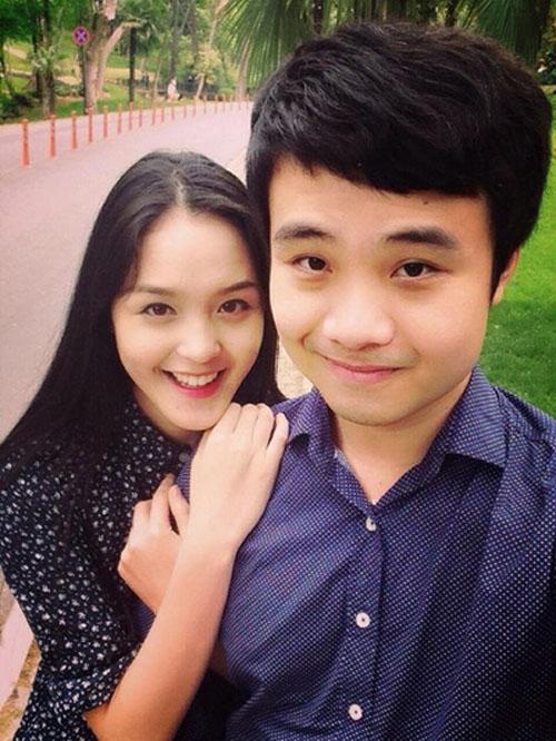 Tính đến thời điểm này, cặp đôi đã chính thức hẹn hò được 5 tháng. - Tin sao Viet - Tin tuc sao Viet - Scandal sao Viet - Tin tuc cua Sao - Tin cua Sao