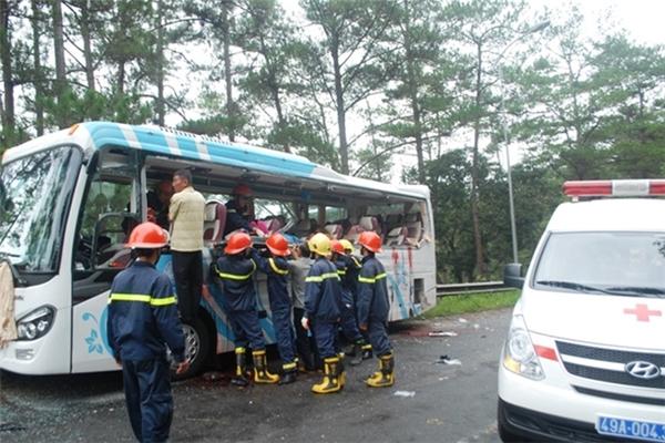 Xe khách BKS 86B-007.25 của Công ty Thanh Lịch vào thời điểm xảy ra tai nạn