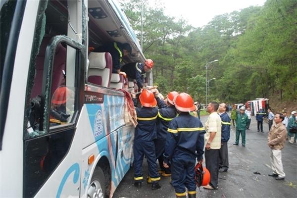 Hiện trường vụ tai nạn thảm khốc khiến 7 người chết