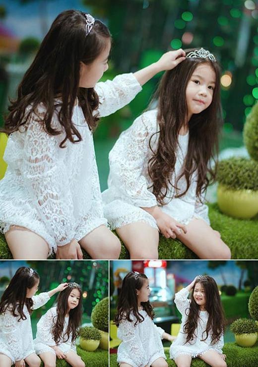 Hai cô bé ngoài đời như đôi bạn thân rất quấn quít.