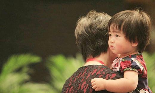 Năm 2010, Ye Li hạ sinh con gái đầu lòng. (Ảnh: Internet)