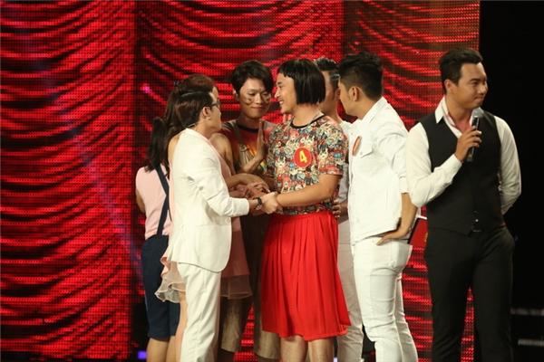 Tuy nhiên, do điểm của Anh Tú và Trường Sơn bằng nhau nên ban giám khảo đã nhường lại quyết định khó khăn cho Huỳnh Lập.
