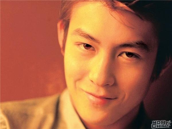 Những nghệ sĩ Hoa ngữ chẳng cần đóng phim, ca hát vẫn kiếm bộn tiền