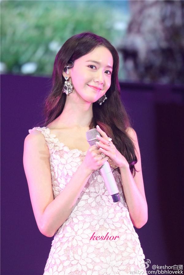 Yoona cực xinh, đốn tim fan bằng ca khúc nhạc Hoa bất hủ