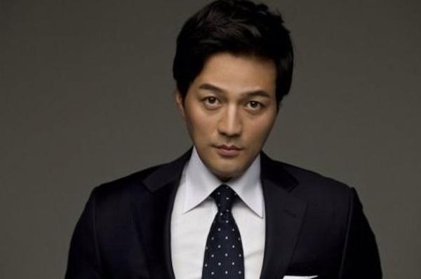 Bệnh viện thông báo nam diễn viên Kim Sung Min bị chết não sau vụ treo cổ tự tử.