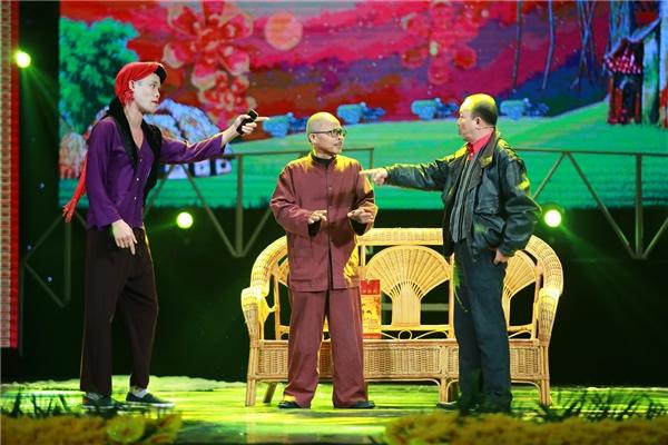 NSƯT Đức Hải và Hán Văn Tình là những người đồng nghiệp thân thiết trong làng hài phía Bắc. Họ từng tham gia diễn xuất chung trong nhiều vở hài kịch nổi tiếng. - Tin sao Viet - Tin tuc sao Viet - Scandal sao Viet - Tin tuc cua Sao - Tin cua Sao