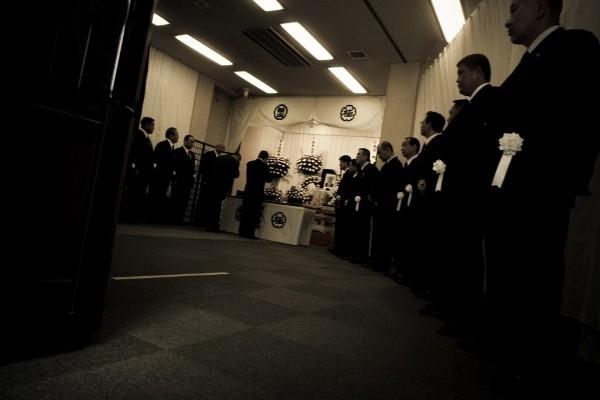 Đám tang thường là dịp để Yakuza phô trương thanh thế. (Ảnh: Internet)