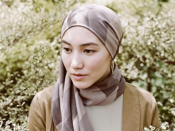 Sự xa hoa không tưởng đằng sau bộ quần áo Hồi giáo của các tiểu thư Ả Rập