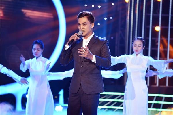 Phan Ngọc Luân hóa thân thành NSƯT Tạ Minh Tâm với Tổ quốc gọi tên mình