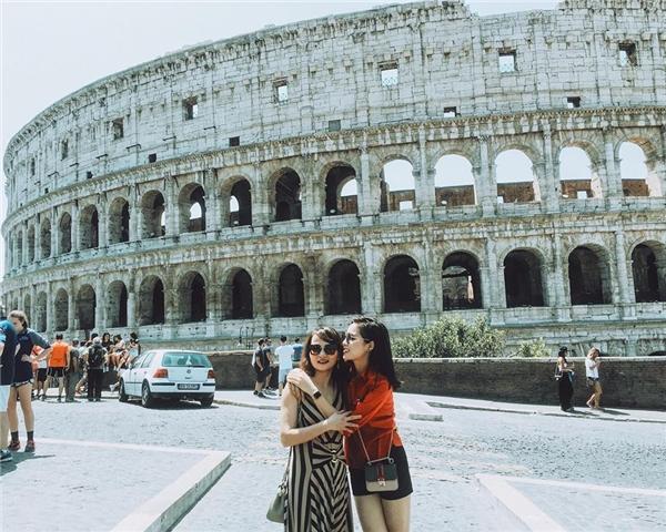 Kỳ Duyên rạng rỡ bên cạnh mẹ trong chuyến du lịch tại Rome, Ý. - Tin sao Viet - Tin tuc sao Viet - Scandal sao Viet - Tin tuc cua Sao - Tin cua Sao