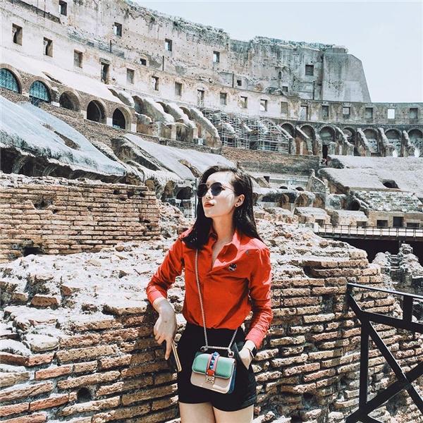 Kỳ Duyên sành điệu như một fashionista chính hiệu tại Ý. - Tin sao Viet - Tin tuc sao Viet - Scandal sao Viet - Tin tuc cua Sao - Tin cua Sao