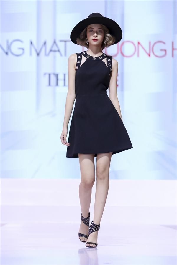 Quỳnh Mai (đội Lan Khuê) và Phí Phương Anh (đội Hồ Ngọc Hà) được đánh giá là 2 thí sinh có phần trình diễn catwalk tốt nhất.