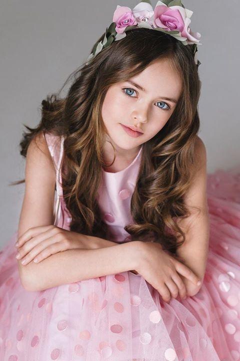 Cô bé được mệnh danh là người mẫu nhí có gương mặt hoàn hảo nhất thế giới.