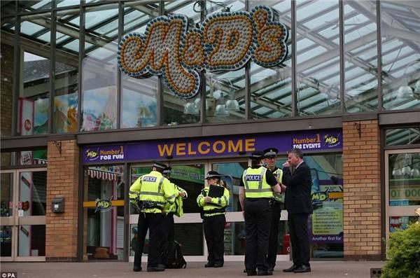 Các lãnh đạo của công viên M&D thông báo công viên sẽ tạm ngưng hoạt động để cảnh sát tiến hành điều tra.(Ảnh: Daily Mail)