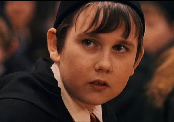 Choáng với nhan sắc hiện tại cậu bé xấu nhất siêu phẩm Harry Potter