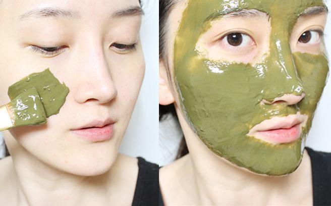 Đắp mặt nạ trà xanh giúp da khỏe mạnh, trắng sáng. (Ảnh: Internet)